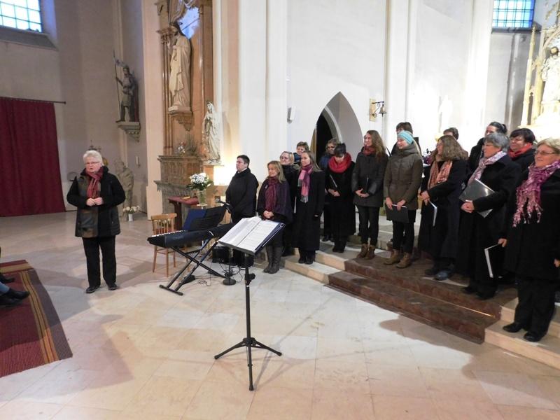 Adventní koncert ženského souboru Píseň