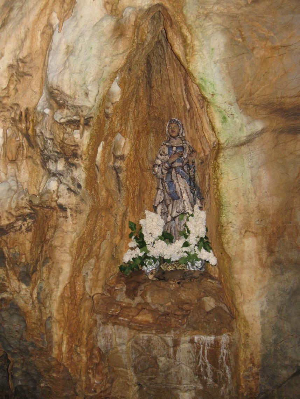 Císařská jeskyně