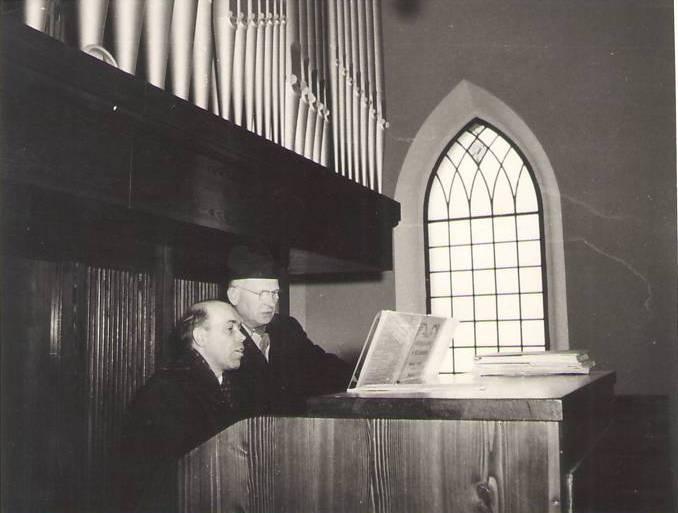 Varhaník Adolf Sotoláč a P. František Stehlík