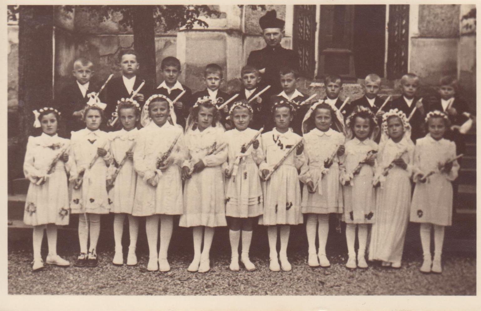 1. sv. přijímání 1952