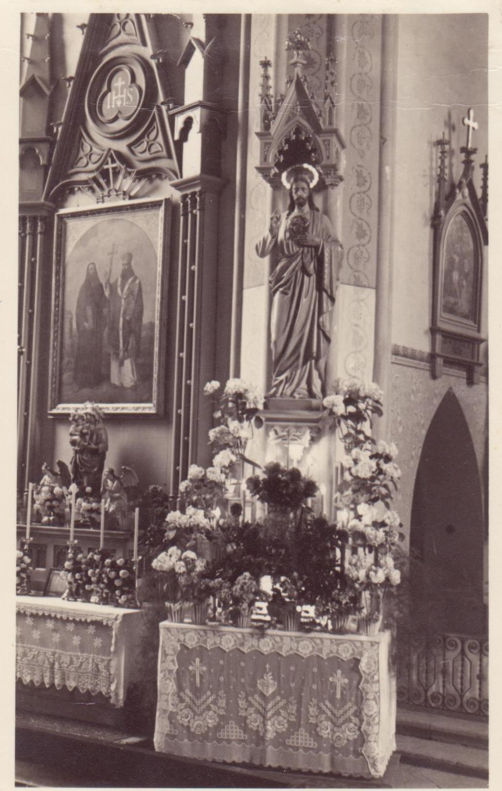 Boční oltář 1950