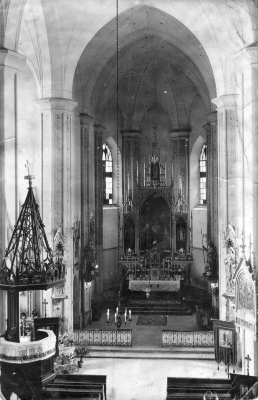 Hlavní oltář 1946